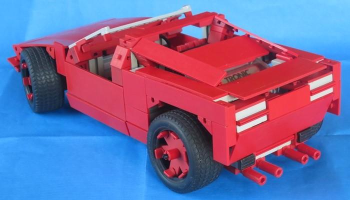 Sportwagen-Cabrio von Martin Wanke