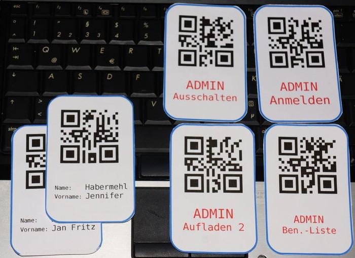 QR-Code-Zugangskarten für Maoam-Automat (Foto: Peter Habermehl)